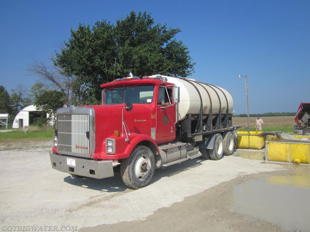 This 4,000-gallon tanker was built as a FD tanker... thus, baffling requirements should have been met. Did anyone check?