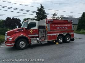 Union Tanker 21 (3000 gal/twin dump tanks) was first-arriving tanker.