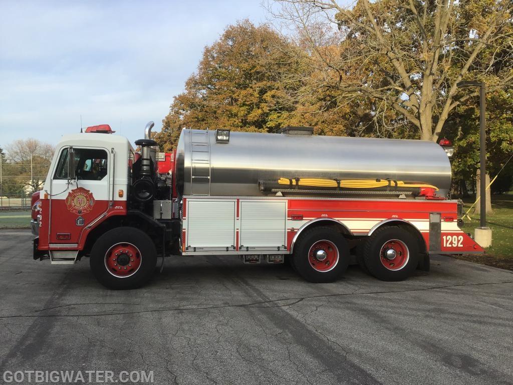 Vernon FD Tender 1292 - 3300 gallons
