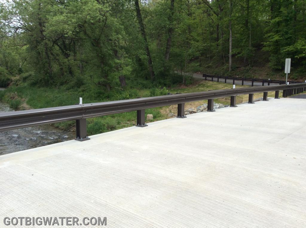 This type of bridge rail is perfect for our angle-mount design.