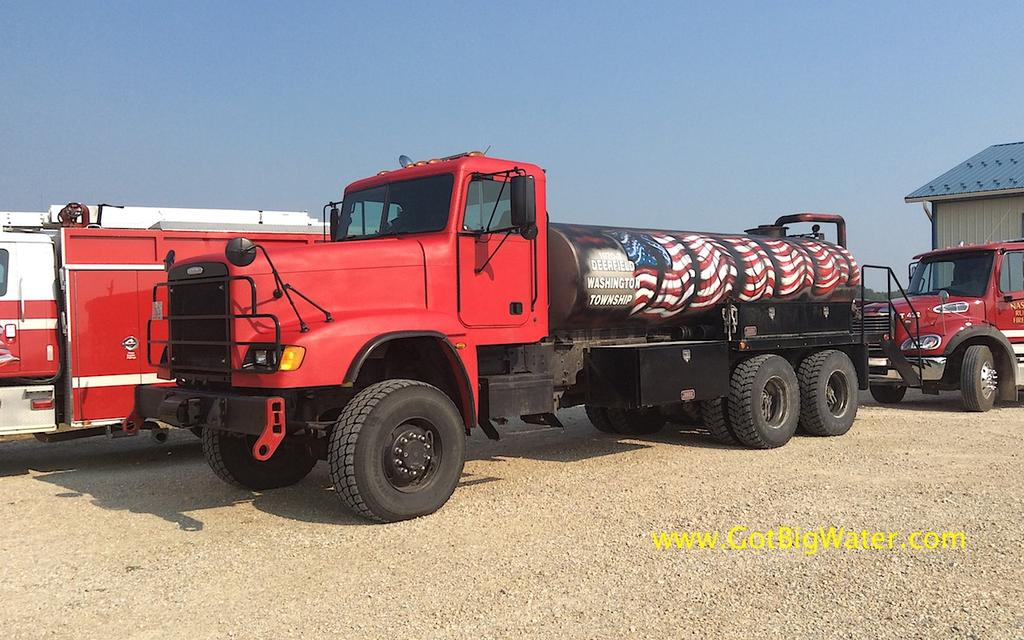 Alta Vista VFD Tanker 731 - 3000-gallons and 6x6 drive.